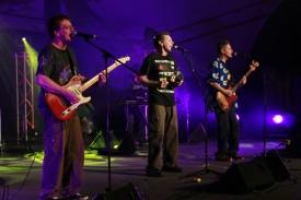2009 10 31 bright blue gig 119